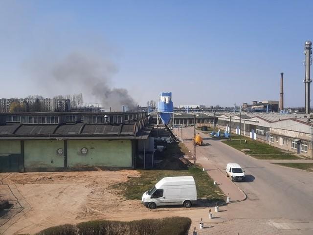 Pożar w fabryce mebli giętych Fameg w Radomsku