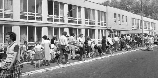 Po wybuchu 18,5 miliona Polaków (95 proc. dzieci) otrzymało jod w postaci płynu Lugola. Pod przychodniami tworzyły się kolejki