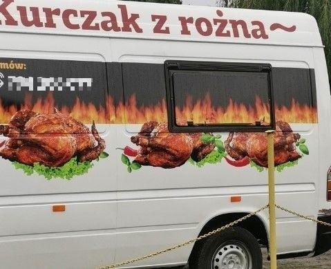 """""""Kurczak z rożna"""" to popularny wśród bydgoszczan food truck..."""