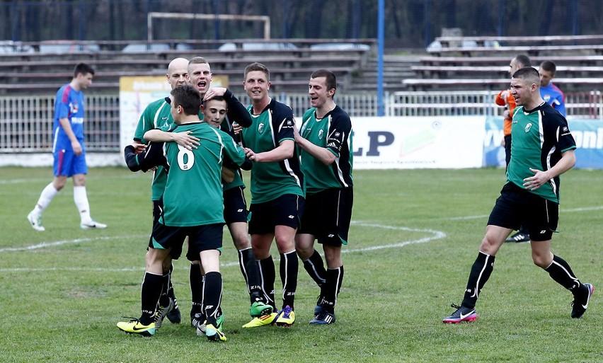 Piłkarze z Goleniowa wygrali trzeci mecz z rzędu.