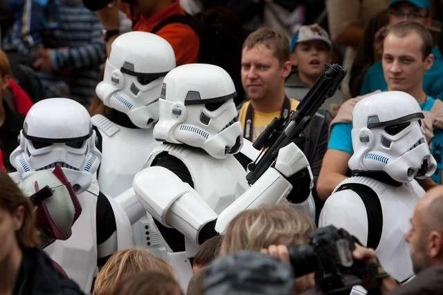 """Parada postaci z """"Gwiezdnych wojen"""" za każdym razem cieszy się ogromnym zainteresowaniem"""