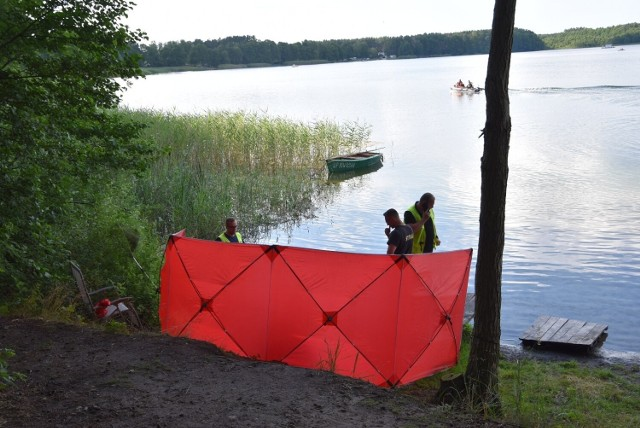 W jeziorze w Kuźnicy utonął 31-letni mieszkaniec Kuźnicy.