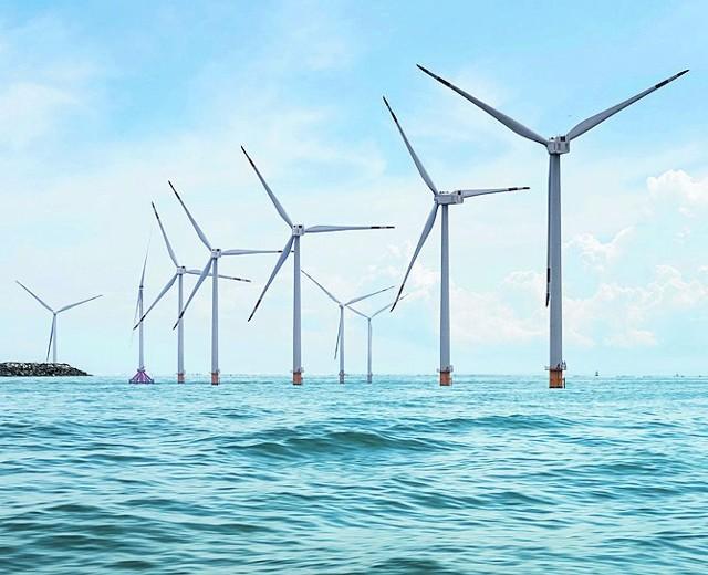 Jak deklarują przedstawiciele PGE Baltiki, prąd z pierwszej farmy, Elektrowni Wiatrowej Baltica-3, popłynąć ma już w latach 2025-2026.