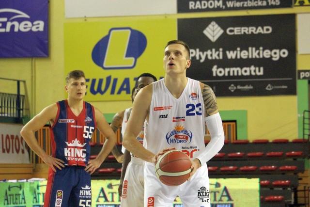 Roberts Stumbris pierwszy raz zagrał w radomskiej hali.