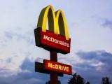 Koronawirus w McDonaldzie w Zabrzu. Cała załoga na kwarantannie. Co z klientami? Cały lokal został zdezynfekowany