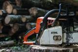 Tragiczny wypadek w czasie prac leśnych. W powiecie nowosolskim zginął pilarz