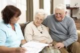 UOKiK dla seniorów: Zmiany w prawie wyeliminują nieuczciwe praktyki handlowe podczas pokazów