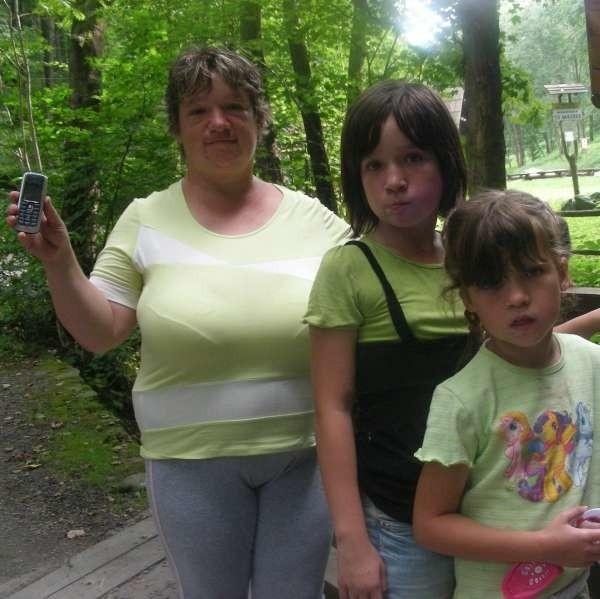 - Na szczęście cała i zdrowa wróciłam z córkami do ośrodka - cieszy się Barbara Leśniewska.