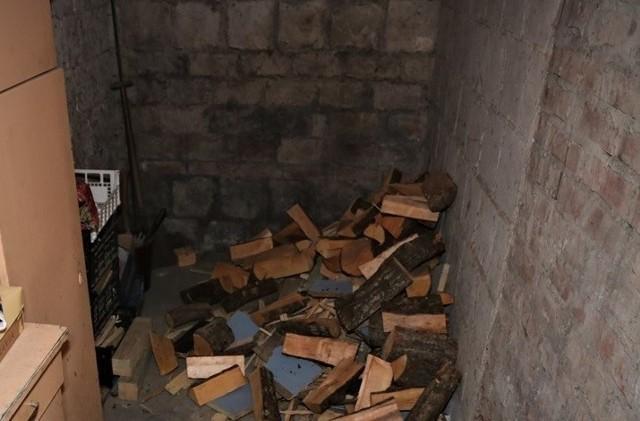 Dyżurny z augustowskiej policji otrzymał informację o kradzieży w miniony czwartek. Z ustaleń funkcjonariuszy wynikało, że do podobnego zdarzenia doszło na początku grudnia minionego roku.