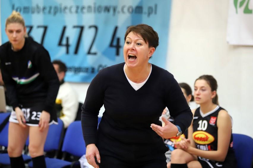 Trener pabianiczanek Sylwia Wlaźlak ma powody do radości