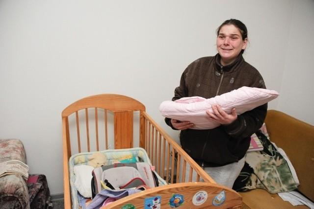 Pani Irena chciałaby zabrać swojego synka do domu. Ma już przygotowane wszystkie rzeczy potrzebne Piotrusiowi.