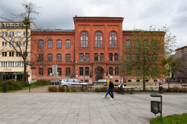 W I LO w Bydgoszczy do matury w tym roku przystąpiło 189 tegorocznych absolwentów.
