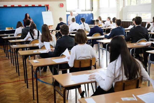 Egzamin gimnazjalny 2019 ANGIELSKI podstawa odpowiedzi