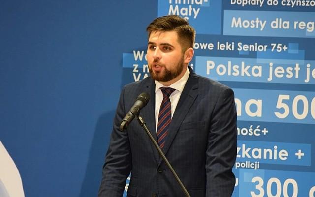 Jakub Banaszek pokonał w drugiej turze wyborów Agatę Fisz, dotychczas urzędującą prezydent Chełma.