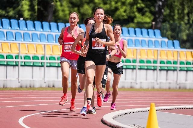 Rok temu w Biegu 1 Mila na poznańskim Golęcinie wystartowała m.in. znana biegaczka, Joanna Jóźwik