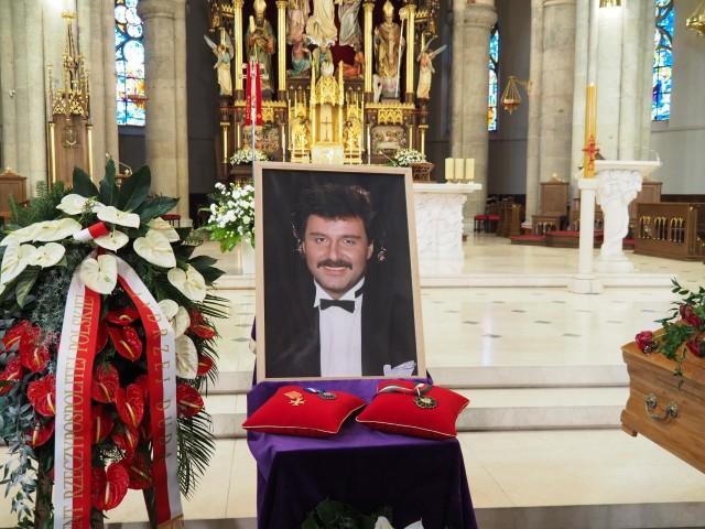 Pogrzeb Krzysztofa Krawczyka. Uroczystości w łódzkiej katedrze.