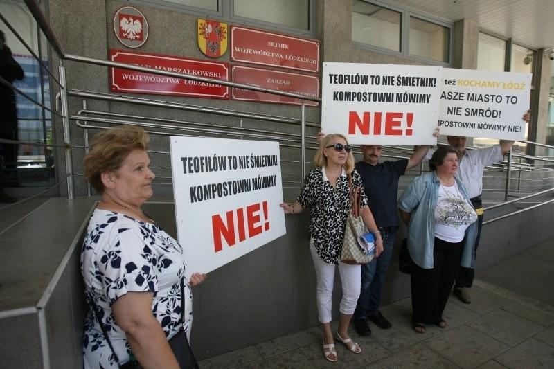 Protest przeciwko inwestycji na Teofilowie. Mieszkańcy nie chcą rozbudowy kompostowni