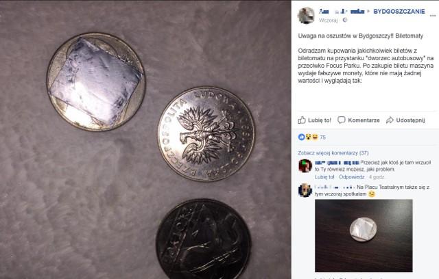 W bydgoskich biletomatach można natrafić na monety, które już do niczego nie służą - grzmią bydgoszczanie na portalach społecznościowych. Na dowód publikują zdjęcia.