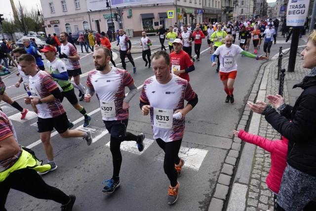 13. PKO Poznań Półmaraton na pewno zgromadzi na starcie w kwietniu 2021 roku, w bardziej dogodnym terminie niż październik tego roku, grubo ponad 10 tys. biegaczy.