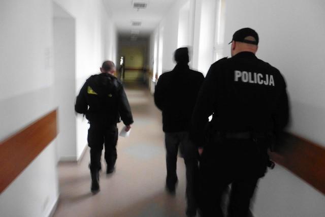 Czterdziestolatka aresztowano na miesiąc