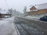 Podhale: Śnieżyca w Bukowinie Tatrzańskiej. Fatalne warunki do jazdy [ZDJĘCIA]