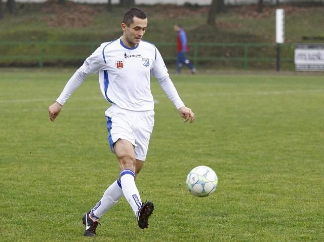 Obrońca MKS-u Adam Orłowicz zdobył gola na wagę trzech punktów.