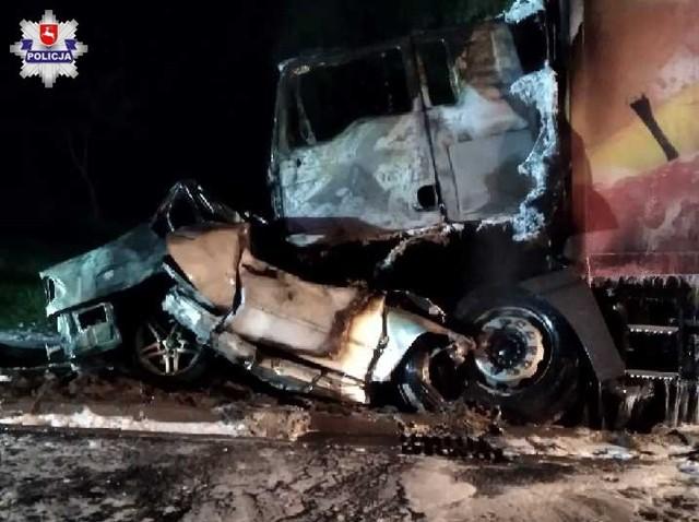 Bilans to jedna ofiara śmiertelna oraz dwa spalone doszczętnie samochody