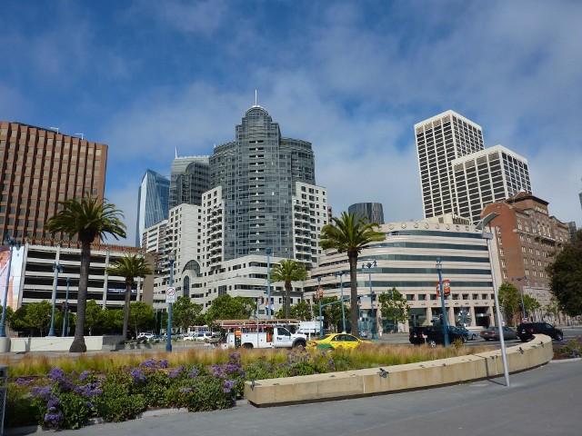 San FranciscoJednym z miast, w którym wdraża się koncepcję inteligentnego miast jest, San Francisco.