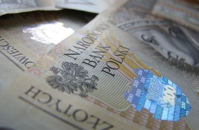 W 2013 roku 371 osób przekroczyło dochód miliona złotych.