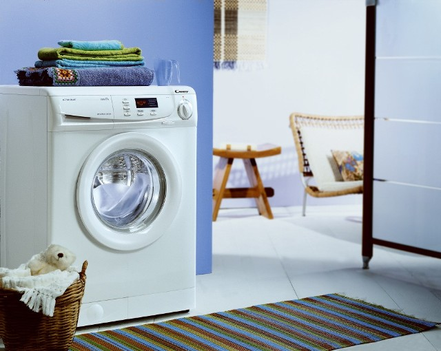 Pralka energooszczędnaWszystkie pralki zużywające poniżej 0,8 kW na cykl prania uznać należy za energooszczędne.