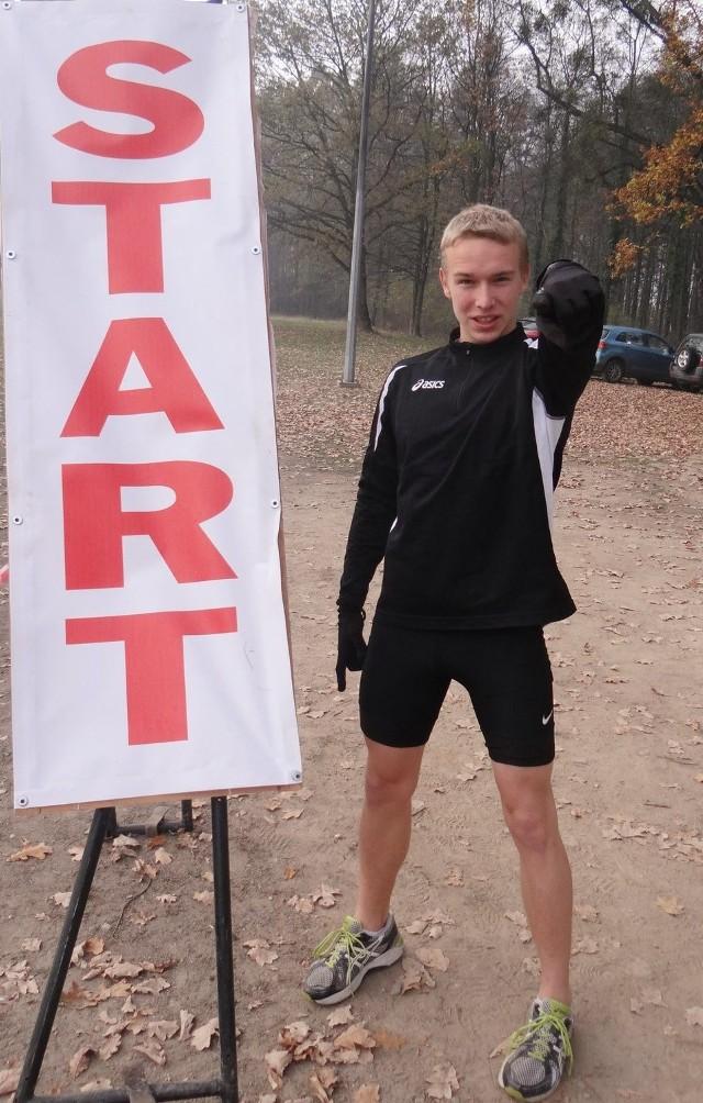 Rafał Jurczyński (Podium Kup) mógł mierzyć w medal. W finale biegu na 800 metrów zajął ostatecznie 5. pozycję.