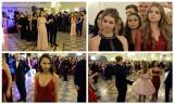 Studniówka 2019 VI Liceum Ogólnokształcącego w Białymstoku. Maturzyści bawili się w Hotelu Dwór Czarneckiego (zdjęcia)