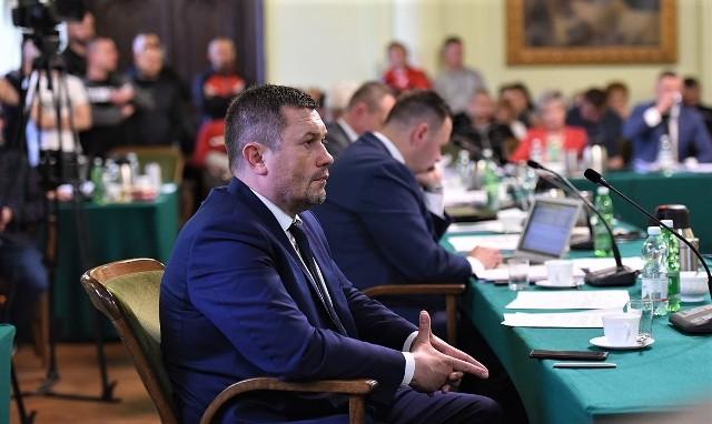 Artur Kapelko, prezes MKS Sandecja S.A., minimalizuje koszty utrzymania spółki. Budżet na ten rok to 7,2 mln zł