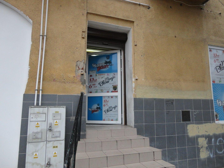 6578a2c63 Handlarze, którzy prowadzili w sklepie na ostrowieckim rynku swoją  działalność, wrócili. Pod koniec ubiegłego tygodnia, krótko po  zorganizowanej przez ...