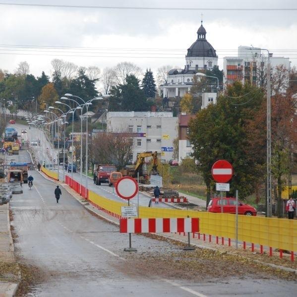 """Ulica Produkcyjna to """"strategiczna"""" trasa, łączy bowiem centrum miasta z Auchan"""