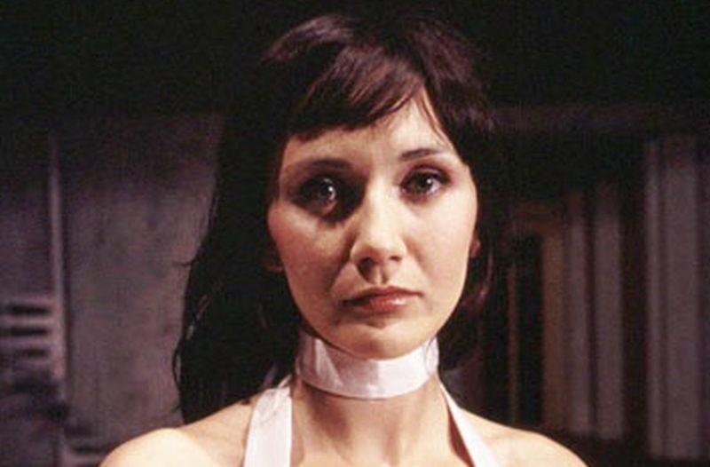 Ilona Ostrowska rozwiodła się. Znana jest z roli Lucy z Rancza.