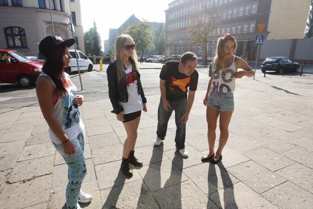 Wczoraj skrzyżowanie ulic Małopolskiej i Henryka Pobożnego w Szczecinie zamieniło się w plan zdjęciowy. Szczecińscy artyści Łona i Webber kręcili tam sceny teledysku do singla, który zostanie wydany w połowie października.