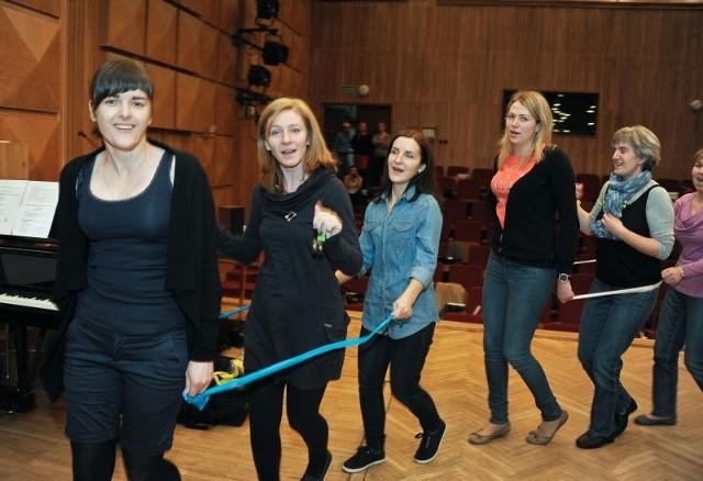 Przez weekend 120 pedagogów z białostockich przedszkoli i nauczycieli wczesnoszkolnych uczyło się jak wychowywać dzieci poprzez sztukę