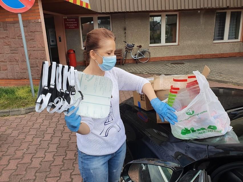 """Szpital w Ozimku został najmocniej dotknięty podczas epidemii. Placówka od początku jest wspierana przez wolontariuszy skupionych wokół grupy na Facebooku """"Pomóżmy szpitalowi w Ozimku""""."""