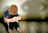 """Pedofil próbował porwać chłopca w gminie Skaryszew? Dziesięciolatek tylko cudem uratował się przed """"podwiezieniem do mamy"""". Co robi policja?"""