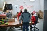 W Radomiu Caritas przygotował paczki na święta dla ludzi będących w trudnych warunkach