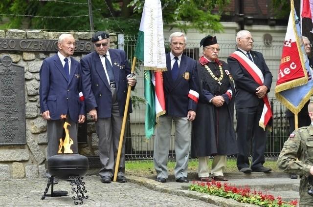 Czerwiec '56 w Poznaniu: Uroczystości pod pomnikiem poległych