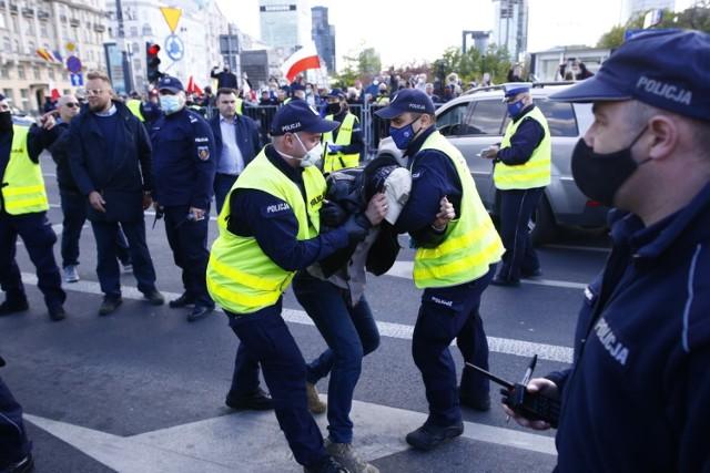Warszawa: Strajk przedsiębiorców, utrudnienia w centrum [zdjęcia ...