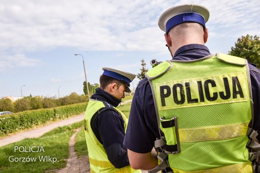 Gorzów: policjanci przy pomocy drona kontrolowali kierowców....