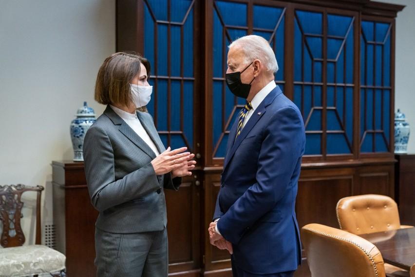 Waszyngton: Joe Biden przyjął w Białym Domu Świetłanę Cichanouską, liderkę białoruskiej opozycji.