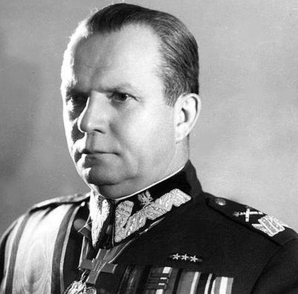 Michał Rola-Żymierski zmarł w 1989 r.