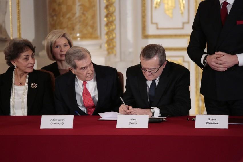 Zbiory Czartoryskich kupione przez państwo za 100 mln euro [ZDJĘCIA] [VIDEO]