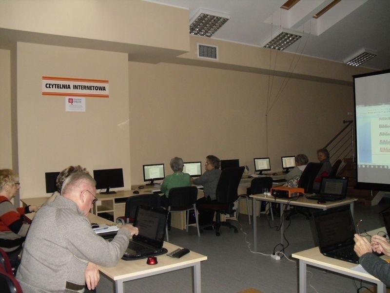 Od kilki dni w Centrum Aktywności i Edukacji działa czytelnia internetowa