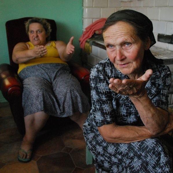 Dzięki naszej interwencji udało się pomoc oszukanym paniom: Marii Kardasz (z prawej) i Lucynie Doroszkiewicz