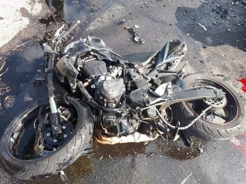 Do tragicznego wypadku doszło w sobotę rano niedaleko...
